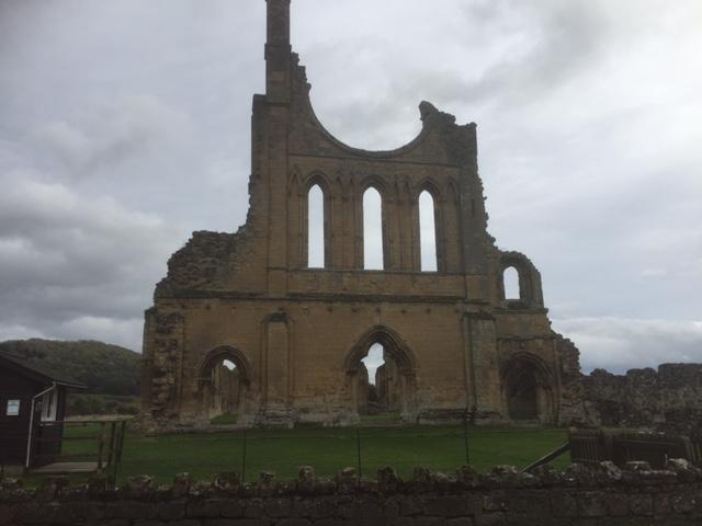 byland-abbey-4